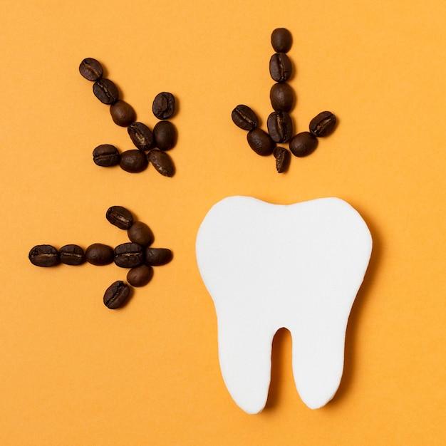 Koffiepijlen met tandvorm Gratis Foto
