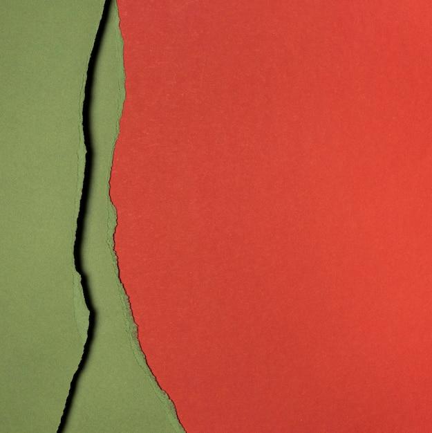 Kopieer ruimtelagen van rood en groen papier Premium Foto