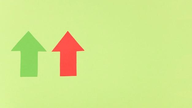 Kopieerruimte rode en groene pijl Gratis Foto
