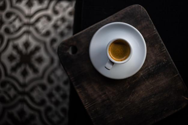 Kopje koffie in de ochtend Premium Foto