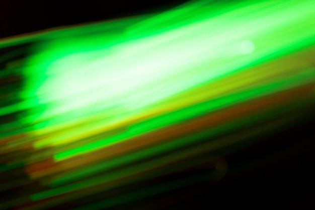 Krachtige beweging van groene lichten Gratis Foto
