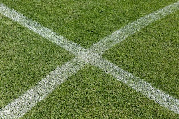Krijtmarkering op het voetbalveld voetbal Premium Foto