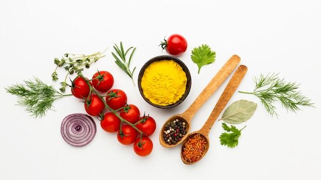 Kruideningrediënten voor het koken Premium Foto