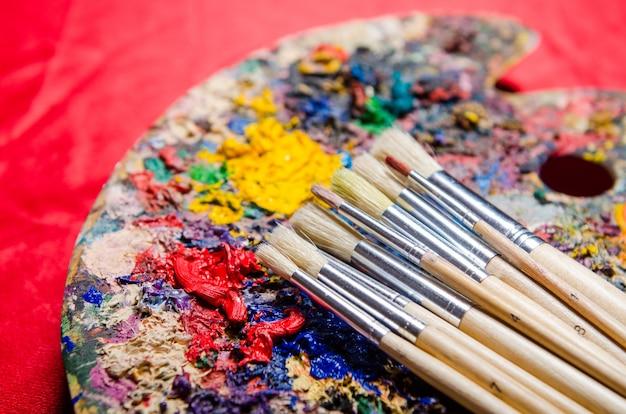 Kunstenaarspalet van kleuren Premium Foto