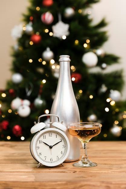 Laag hoek nieuwjaar dag eerder Gratis Foto
