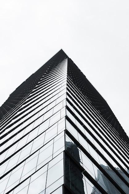 Lage hoek weergave bouwen grijswaarden Gratis Foto
