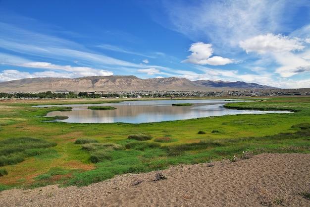 Laguna nimez reserva sluit el calafate in patagonië, argentinië Premium Foto