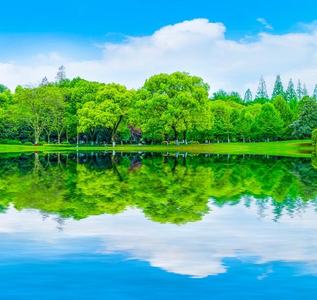 Landschap decoratie natuur reflectie bergen gazon Gratis Foto