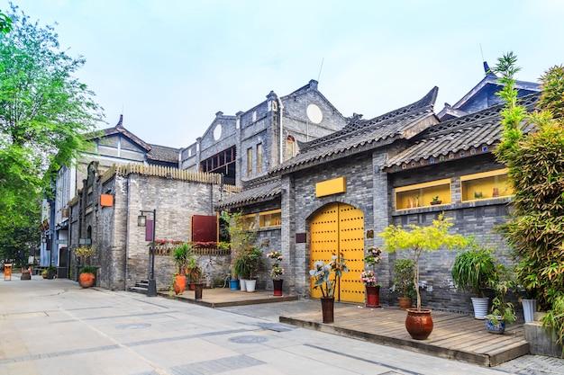 Landschap huizen antiek chinese architectuur foto gratis for Huizen architectuur