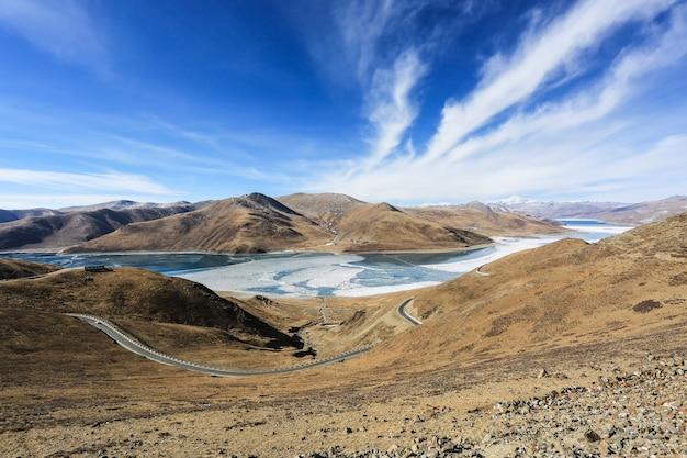 Landschap met bergen Gratis Foto