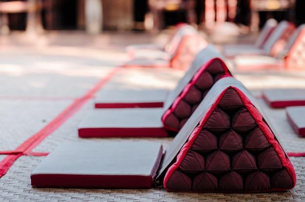 Lanna stijl rugleuning kussens opgesteld Premium Foto