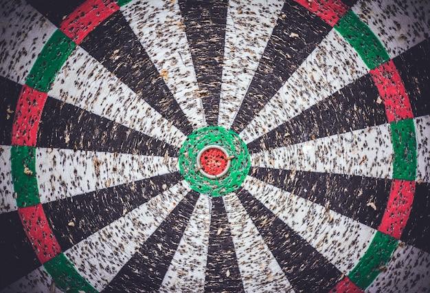 Leeg dartbord na harde training. Premium Foto