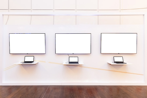 Leeg display met laptops bij het evenement Premium Foto