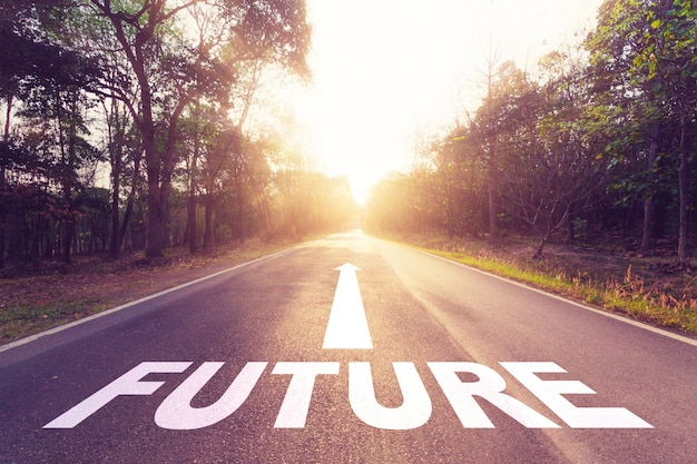 Lege asfaltweg en toekomstig concept. Premium Foto