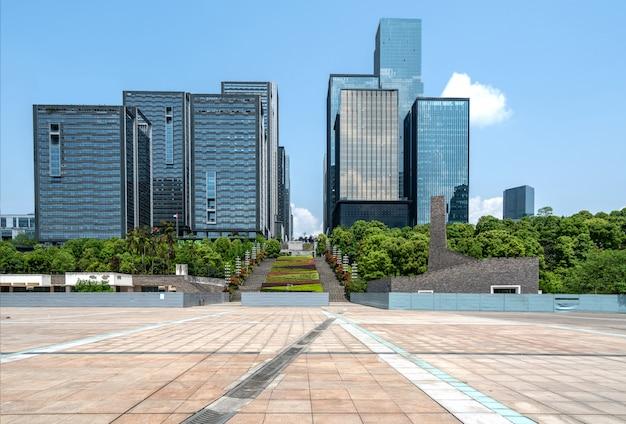 Lege vloeren en kantoorgebouwen in het financiële centrum, chongqing, china Premium Foto