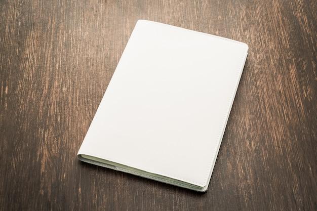 Lege witte mock up boek Gratis Foto