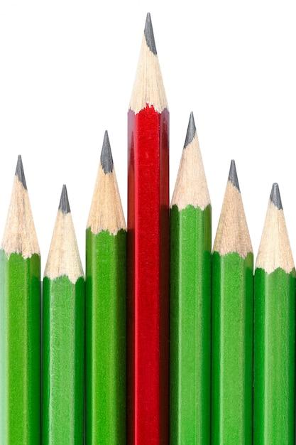 Leiderschap concept - een potlood onderscheidt zich van anderen Premium Foto
