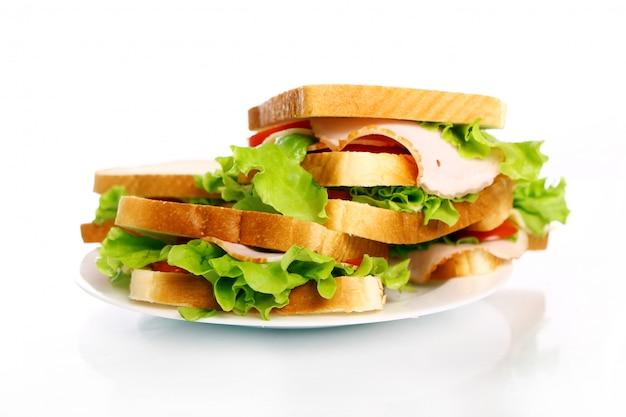 Lekkere broodjes op het bord Gratis Foto