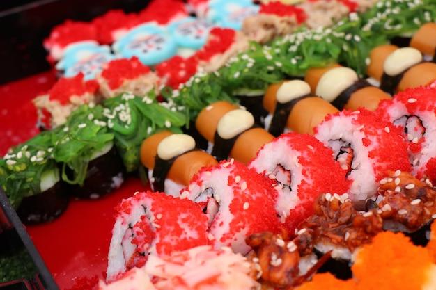 Lekkere sushi bij straateten Premium Foto