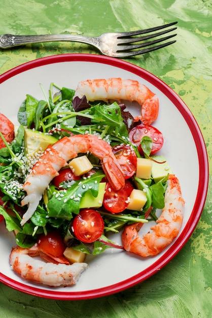 Lentesalade met zeevruchten Premium Foto