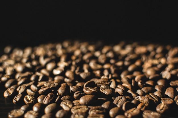 Licht Gebrande Koffiebonen : Licht gebrande koffiebonen close up foto gratis download