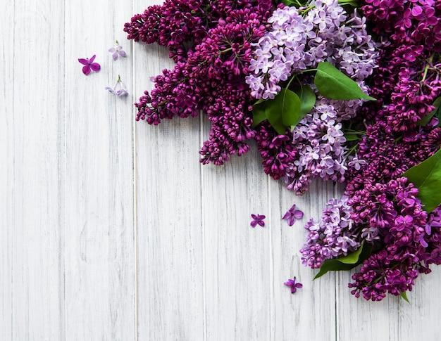 Lila lente bloemenrand Premium Foto
