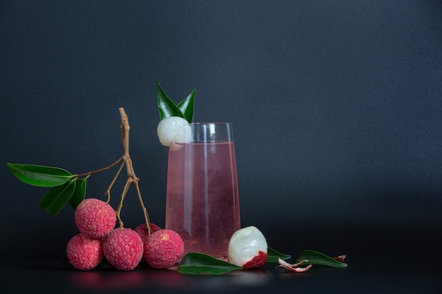 Litchisap en lychee fruit. Gratis Foto