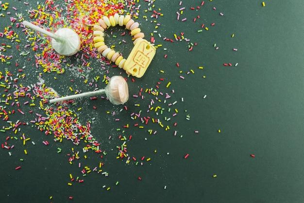 Lollies en snoepjes op hagelslag Gratis Foto