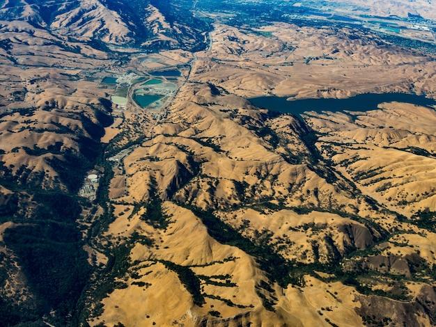 Luchtfoto van blue oak ranch reserve, ten oosten van san jose, californië Gratis Foto