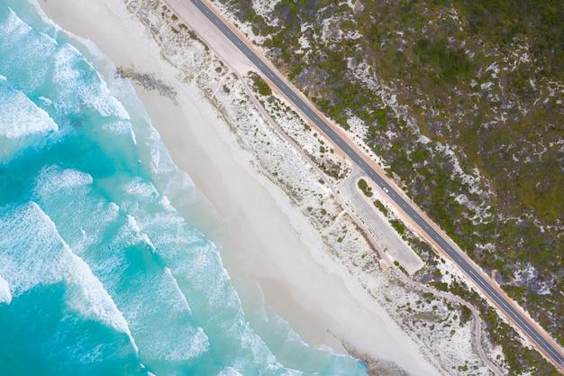 Luchtfoto van great ocean drive in esperance, west-australië, australië. reizen en vakantie concept. Premium Foto
