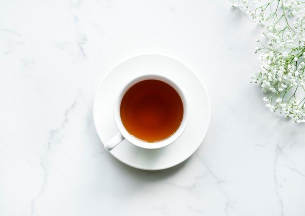 Luchtfoto van hete thee drinken Gratis Foto