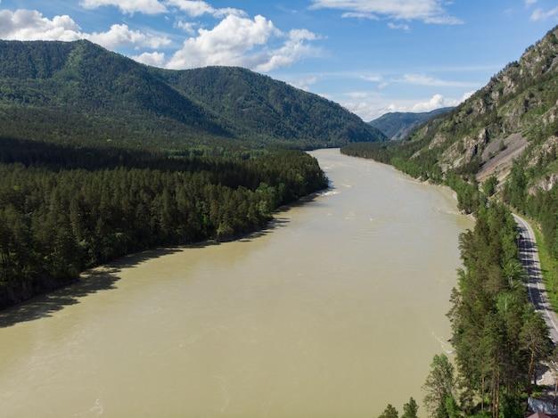 Luchtfoto van katun rivier Premium Foto