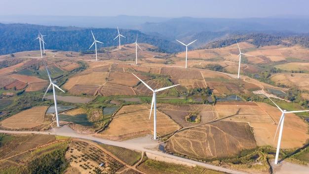 Luchtfoto windmolen boerderij elektrische khao kho phetchabun Premium Foto