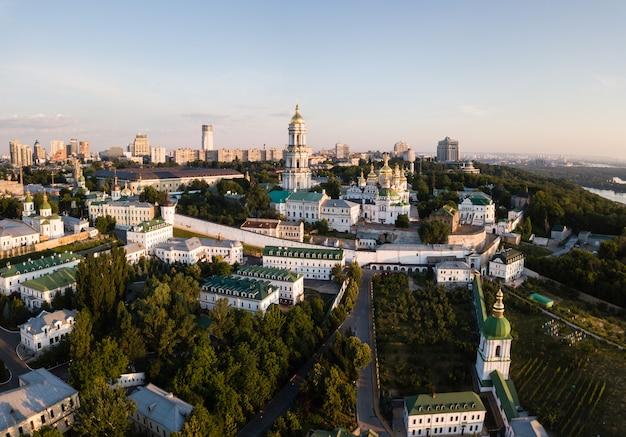 Luchtpanorama van kiev Premium Foto