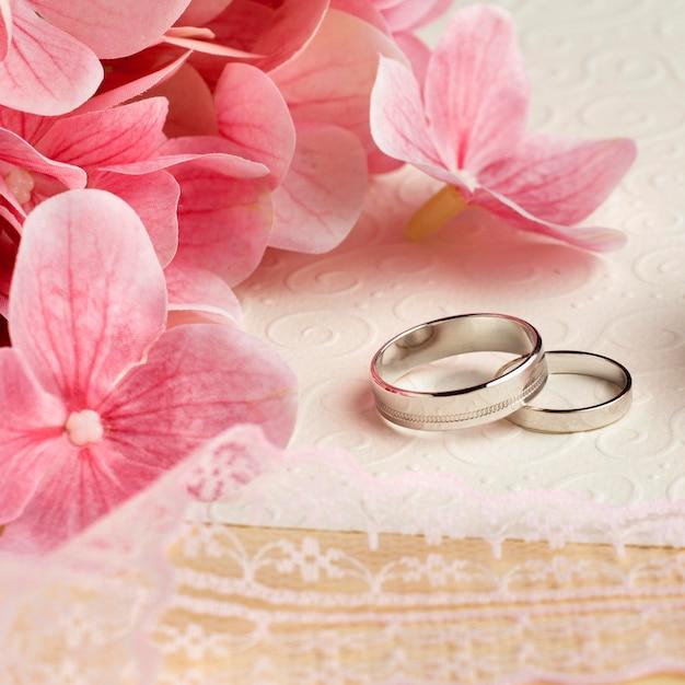 Luxe bruiloft concept bloemen hoge weergave Gratis Foto