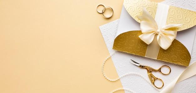 Luxe bruiloft concept bovenaanzicht Gratis Foto