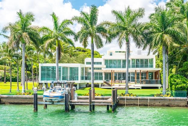 Luxueus herenhuis in miami beach, florida, de vs Premium Foto