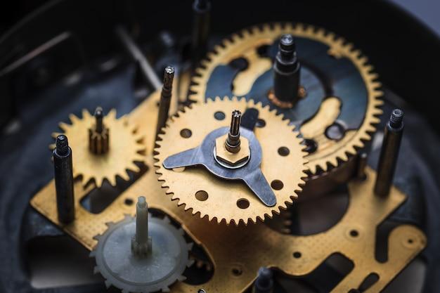 Macro weergave van klokmechanisme Gratis Foto