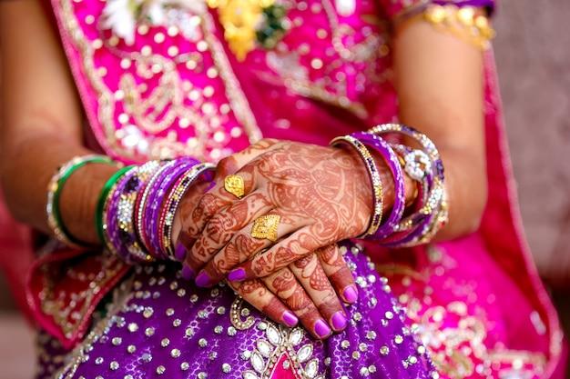 Maharashtra huwelijksceremonie in het hindoeïsme Premium Foto