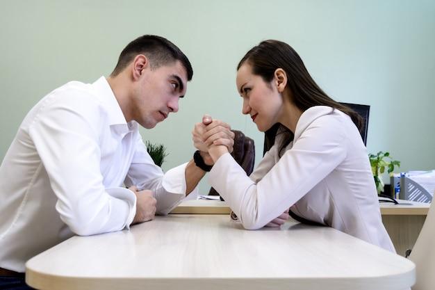 beginnend over het dateren na scheiding