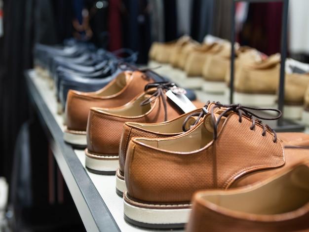 Man schoenen winkel Premium Foto