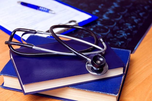 Medisch laboratorium werkplek Premium Foto