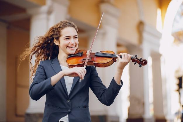 Meisje met viool Gratis Foto