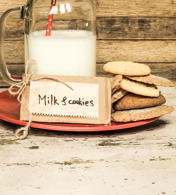 Melk en koekjes Gratis Foto