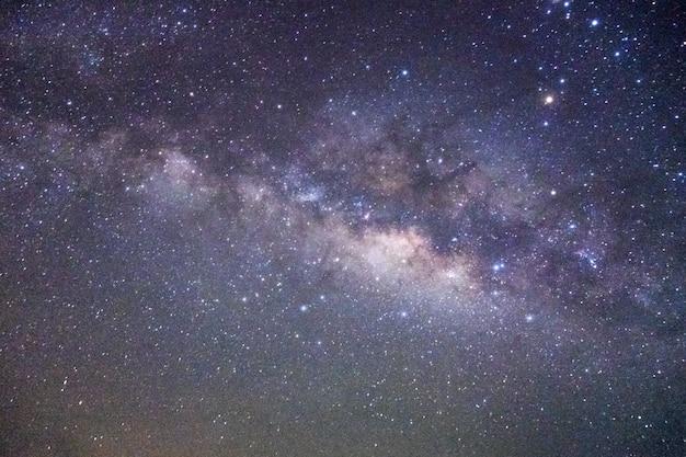 Melkweg in de nacht Premium Foto
