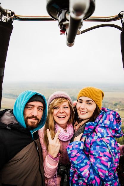 Mensen nemen een selfie Gratis Foto