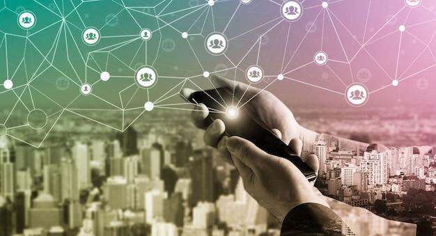 Mensennetwerk en globaal creatief communicatieconcept. Premium Foto