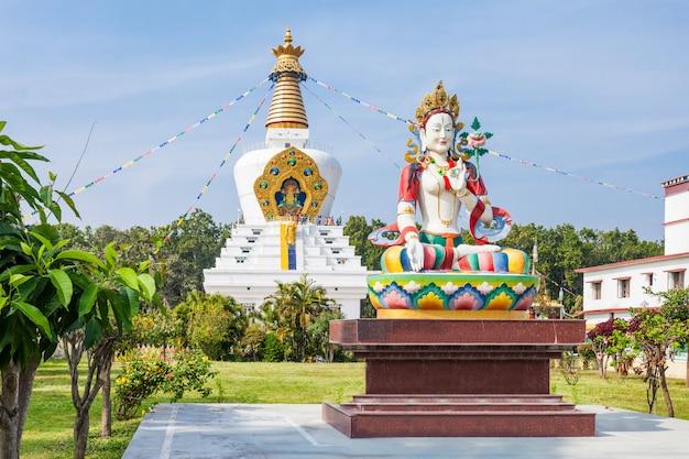 Mindrolling-klooster, dehradun Premium Foto