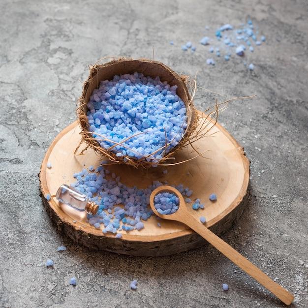 Minimalistische bad zout spa concept hoge weergave Gratis Foto