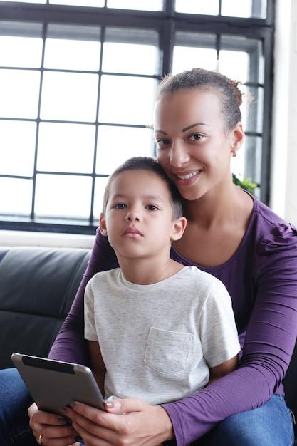 Moeder met zoon Gratis Foto